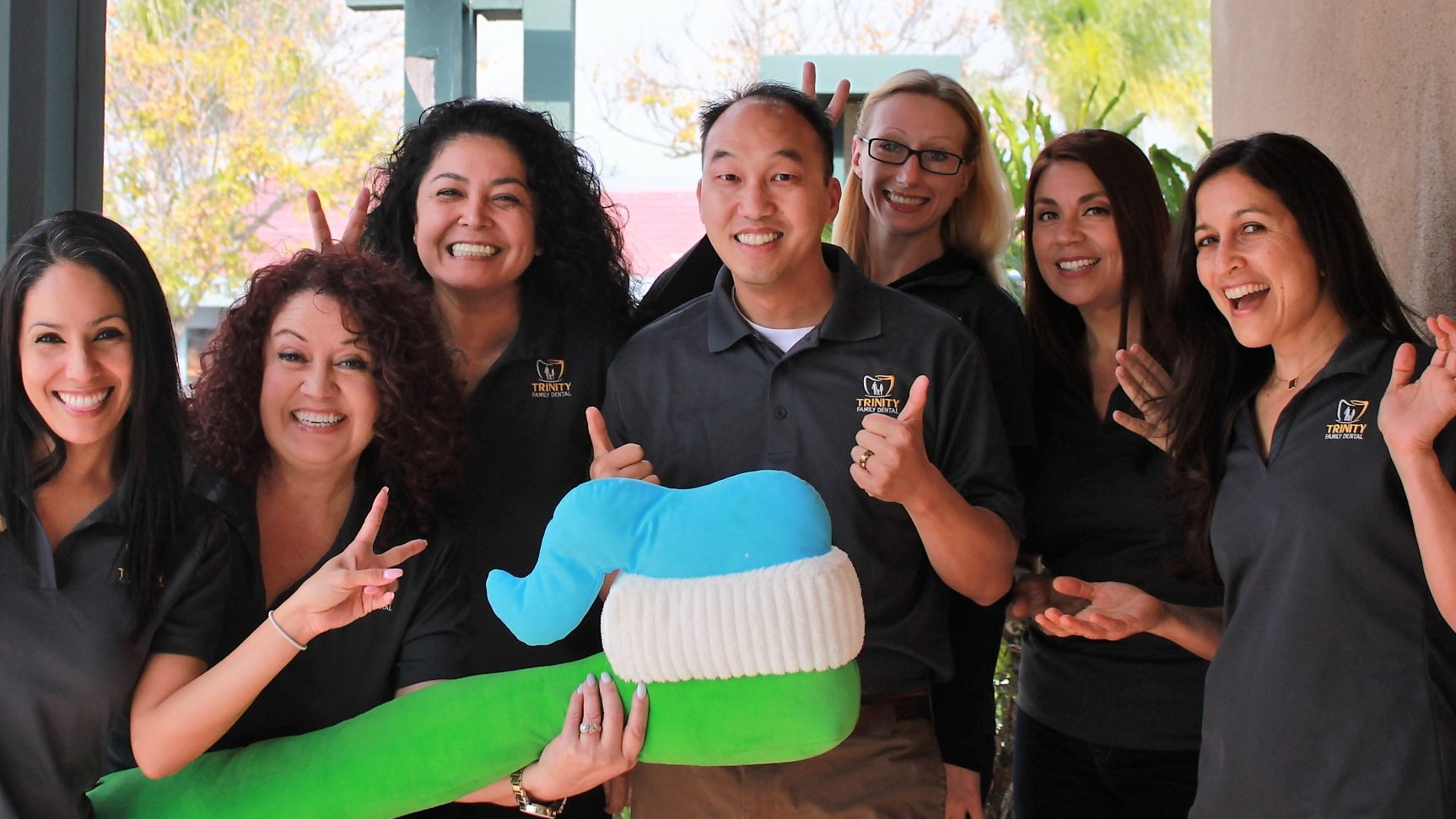 Trinity Family Dentistry reviews | Cosmetic Dentists at 5308 Lake Murray Blvd. - La Mesa CA