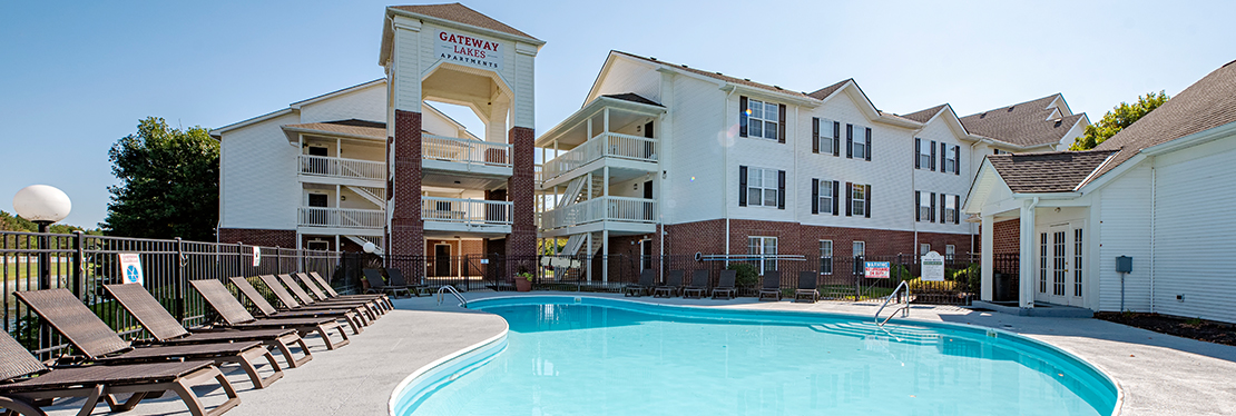 Gateway Lakes Apartments reviews | Apartments at 3799 Gateway Lakes Dr - Grove City OH